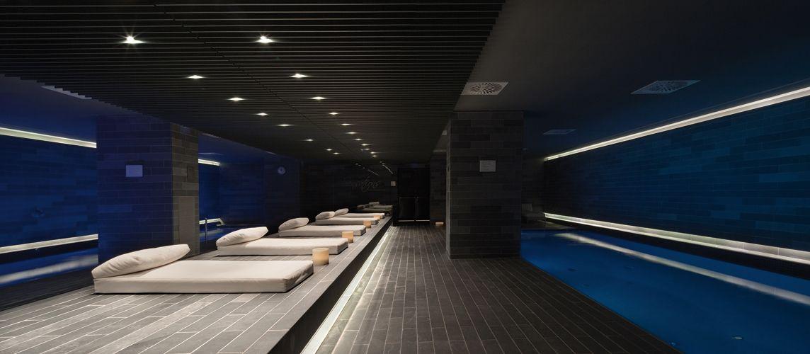 Spa la mola conference center sagitario lighting - Iluminacion led salon ...